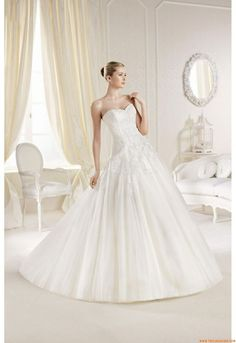2018 Used Wedding Dresses Online - Plus Size Dresses for Wedding Guests Check more at http://svesty.com/used-wedding-dresses-online/
