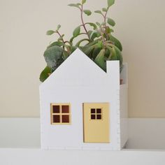 Are you interested in our Christmas gift for her ? With our christmas gift gardeners new home you need look no further.