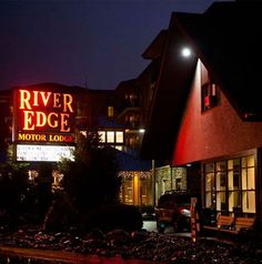 River Edge Motor Lodge - Located in Gatlinburg Tennessee - Take your pick! All of our motel roos offer some great amenities from private balconies to high-speed wireless internet access! Jacuzzi and Fireplace Rooms Available. #motel #gatlinburg #riveredge