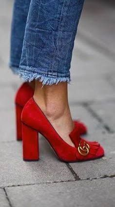 Red shoes will catch everyone's attention. Every shoe-lover needs a pair. Cute Shoes, Me Too Shoes, Shoes For Work, Awesome Shoes, Mocassin Gucci, Shoe Boots, Shoes Heels, Suede Heels, Jeans Shoes