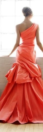 LOVE everything about this #coral #fashion for #spring @madavecloseouts