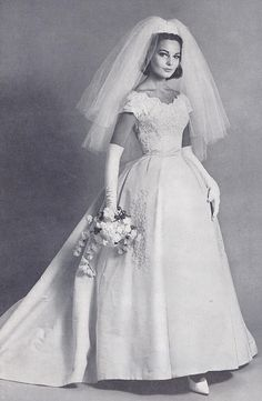 Beautiful Bride of the 1950's. <3