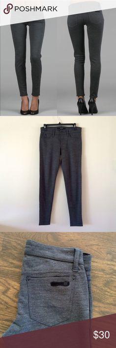 Joe's Jeans Skinny 'Chelsea' Ankle Pants, Charcoal Stylish gray charcoal color, Joe's Jeans , size 26, stretchy can fit a 27. Joe's Jeans Pants