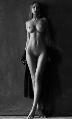 🔞 Ⓜ ♦ Victor K. Venus Images, Bare Beauty, Fashion Figures, Body Poses, Artistic Photography, Portrait Photography, Female Form, Face And Body, Black And White Photography