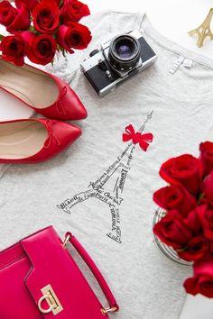 #paris #chic #redroses #romance #lamour #effiel #travel