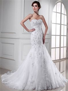 Gorgeous mermaid strapless sweetheart lace beaded Wedding Dresses. Love it.