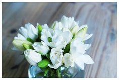 temporada de jazmines  #floral #natureseekers #flower #flores #floweroftheday #gogreen #weeklyflowers #gardenia #jazmines #arreglofloral