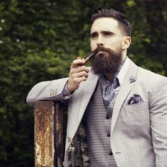 Hurrah for Cravat Friday & on the cusp of the weekend! Are you wearing yours, chaps?