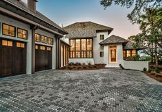 Home Windows. Garage and Home exteiror windows. Garage Door Windows, House Windows, Windows And Doors, Space Architecture, Residential Architecture, Decor Home Living Room, Room Decor, Waterfront Homes For Sale, Dream House Exterior