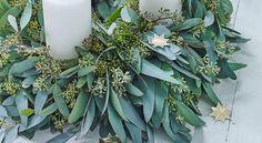 Une couronne centre de table en eucalyptus Découvrez comment créer cette couronne végétale enen eucalyptus