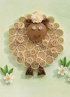 Make this fabulous quilled sheep, which you could use as a lovely greetings card, place setting or decorative artwork. Enjoy the simple pleasure of rolling strips to bring this paper menagerie to life. Paper Quilling For Beginners, Paper Quilling Tutorial, Paper Quilling Cards, Paper Quilling Jewelry, Paper Quilling Patterns, Origami And Quilling, Quilling Butterfly, Quilling Work, Quilling Paper Craft