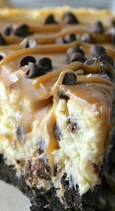 Salted Caramel Chocolate Chip Cheesecake #desserts #cake #sweet #cookies #baking #brownies