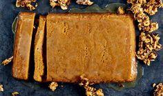 Sweet potato malva pudding with nut brittle recipe Pudding Desserts, Pudding Recipes, Fun Desserts, Dessert Recipes, Malva Pudding, South African Dishes, Brittle Recipes, Pudding Ingredients, Golden Syrup