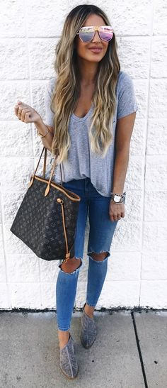 #Summer #Outfits / Gray T Shirt + Ripped Jeans