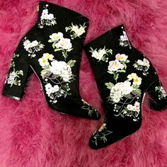 Athena Floral Embroidered Boots from Miss Selfridge