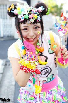 Decora Japanese Streets, Japanese Street Fashion, Tokyo Fashion, Harajuku Fashion, Kawaii Fashion, Harajuku Style, Lolita Fashion, Estilo Harajuku, Harajuku Girls