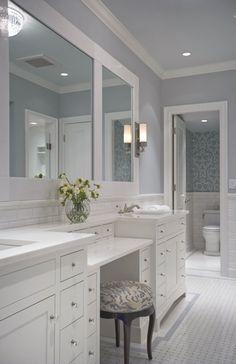 calming blue bathroo