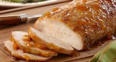 Herb Pork Roast with Ginger Peach Glaze: Just 5 minutes of preparation is all you need for a delectable pork roast. Brush the roast with an easy glaze of peach preserves, seasoned salt, thyme and ground ginger. Crock Pot Slow Cooker, Crock Pot Cooking, Slow Cooker Recipes, Crockpot Recipes, Cooking Recipes, Crock Pots, Cooking Pork, Pork Loin, Pork Roast