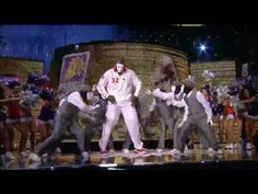 Shaq dances with Jabbawockeez at All Star - YouTube