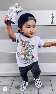 Need cute boys' outfit ideas? Find kids' fashion & comfy toddler outfits to have 'em looking their best for school or play.