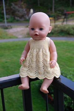 Knitting Dolls Clothes, Knitted Dolls, Doll Clothes Patterns, Clothing Patterns, Baby Born Clothes, Girl Doll Clothes, Girl Dolls, Baby Dolls, Baby Knitting Patterns
