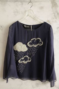 Fashionable clothes with pearl embroidery, http://hative.com/fashionable-diy-clothes-ideas/