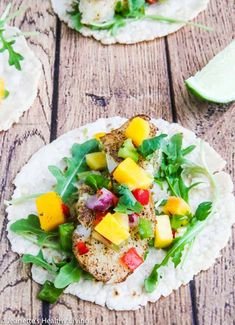 Pan Roasted Cod Fish Tacos - quick and easy to cook, this is a delicious, light and healthy fish taco. Delicious served with fresh mango salsa on top. Cod Fish Tacos, Fried Fish Tacos, Healthy Fish Tacos, Salmon Tacos, Roasted Cod, Roasted Meat, Seafood Recipes, Diet Recipes, Mango Avocado Salsa