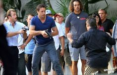 New photos from the set of Hawaii Five-0 featuring Alex O'Loughlin.