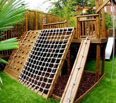 super tolle Kletterwand im Garten Best Picture For Backyard playground For Your Taste You are lookin Kids Outdoor Play, Backyard For Kids, Backyard Projects, Outdoor Projects, Garden Kids, Outdoor Ideas, Modern Backyard, Simple Backyard Ideas, Backyard Designs