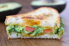 Guacamole Grilled Cheese Sandwich Yield: 2 sandwiches Prep Time: 5 minutes Cook Time: minutes The guacamole takes this grilled cheese sandwich to a whole new level of goodness. Ingredients: To make the guacamole: 2 ripe avocados ½ small onion,. Grilled Cheese Avocado, Grilled Cheese Recipes, Sandwich Recipes, Avocado Recipes, Bread Recipes, I Love Food, Good Food, Yummy Food, Queso Cheddar
