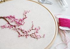 Learn Embroidery, Hand Embroidery Stitches, Silk Ribbon Embroidery, Embroidery For Beginners, Embroidery Hoop Art, Hand Embroidery Designs, Embroidery Techniques, Embroidery Ideas, Geometric Embroidery
