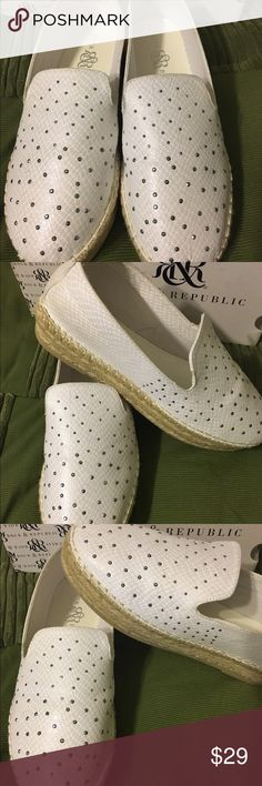 """Brand New Rock&Republic white cloth with stones Sz7.5 Brand New in Box R&R white loafer like shoe. Has very small stone detailing over front of shoe. Has 1"""" sole and heel. Very different. Very cute Rock & Republic Shoes Espadrilles"""