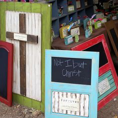 No Plans. Could easily assemble these chalkboards with Kreg Jig. A Little Loveliness: Germantown Festival Cabinet Door Crafts, Old Cabinet Doors, Old Doors, Cabinet Drawers, Wood Projects, Craft Projects, Craft Ideas, Decor Ideas, Wood Crafts