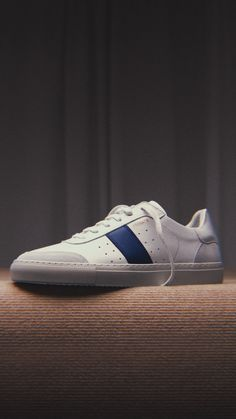 Casual Sneakers, White Sneakers, Your Shoes, Men's Shoes, Axel Arigato, Product Photography, Mannequins, High Definition, Revolution
