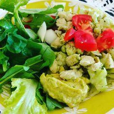 Almoço low carb frango refogado com couve flor molho de abacate para salada!!!#lowcarb  #lowcarb58 by lowcarb58