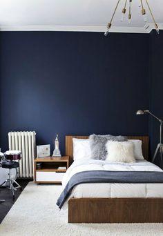 Azul índigo, o la profundidad del color en su oscuridad. Diy Kitchen Projects, Diy Projects, Chic Master Bedroom, Master Bedroom Design, Bedroom Decor, Navy Blue Bedrooms, Kitchen Backsplash, Scandinavian Interior Design, Blue Denim