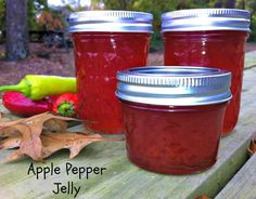 Apple Pepper Jelly Recipe #jelly #recipe #fall #gardening #preserves #canning