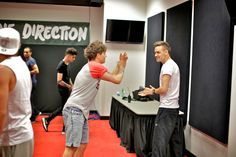 Go Behind the Scenes with One Direction, Right Before Their Miami Show