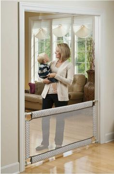 Retractable #Baby Gate - Pet Dog Child Infant Safety Walk Extra Wide Stairs Mounted