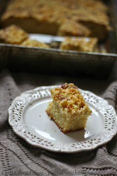 Poezja Smaków: Ciasto drożdżowe samo się robiące.