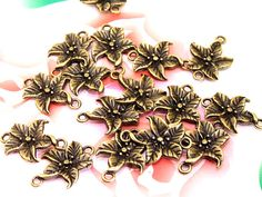 22Beads--- Charm 2Loops Tree Leaf Flower Pendant Bronze Plated Brass Filigree Findings Metal Pendant Earwire Beads 15mmx20mm 3G on Etsy, 7.78₪