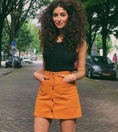 25 Cute Curly Hair For Women - Bafbouf Sarah Angius, Pelo Afro, Long Curly Hair, Curly Girl, Cabelo Inspo, Moda Afro, Hair Inspiration, Hair Inspo, Wavy Hairstyles