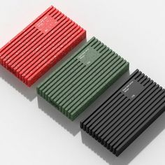 An all-rubber external case design gives the Stripe portable hard drive concept designed by Do Kyoung Lee the ability to withstand… Brand Packaging, Packaging Design, Ui Buttons, Dieter Rams, Medical Design, Little Bit, Vintage Design, Industrial Design, Really Cool Stuff