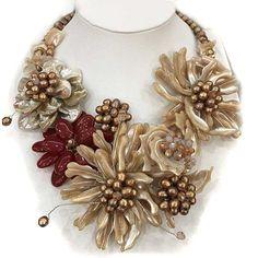 Великолепный дизайн браун серии оболочки и пресноводный жемчуг цветок подвеска свадебная ожерельекупить в магазине Lucky Fox JewelryнаAliExpress
