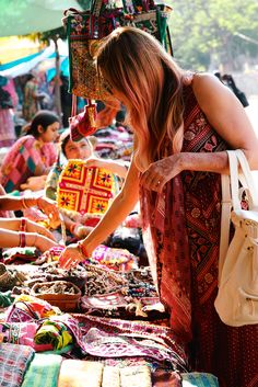 Lauren Conrad finding inspiration for The Little Market in India
