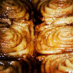 Scale of one to ten, how good do these cinnamon buns look! #yyc