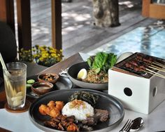 #Bali. Where to lunch today? Have you try @UlekanBali #Canggu? Enjoy the deliciousness of Indonesian spices in their local dishes crafted with distinct flavors