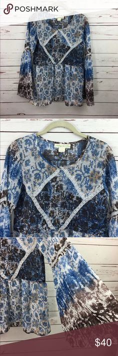 """Anthropologie Staring At Stars Boho Printed Blouse Anthropologie Staring At Stars womens Boho Printed Blouse. Bell sleeves. XS. Polyester. Underarm to Underarm: 18"""" Top shoulder to bottom: 27"""" 2WLS10171212 Anthropologie Tops Blouses"""