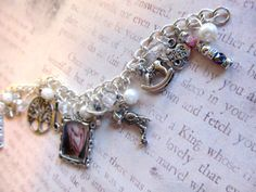 Mom-To-Be baby charms bracelet https://www.etsy.com/listing/185159809/mom-to-be-personalized-keepsake-charm?ref=related-2