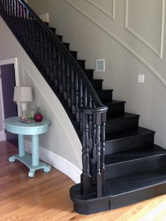 3 Common Staircase Design Mistakes {and what to do instead} little green notebook black staircase Interior Stairs, House Design, New Homes, Staircase, Staircase Railings, Foyer Decorating, Staircase Design, House Stairs, Black Staircase